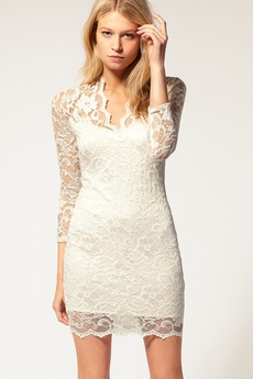 Гипюровое платье с V-образным вырезом Kokette